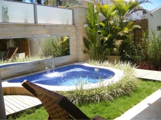 projetos-de-piscinas-em-espaços-pequenos-1